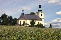 Kostel svaté Kateřiny v obci Mříčná