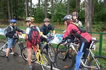 Ze základního tábora na Pecce u Nové Paky jezdily děti s Cyklotáborem Vikýř na hvězdicové výlety. Celkem najely 430 kilometrů.
