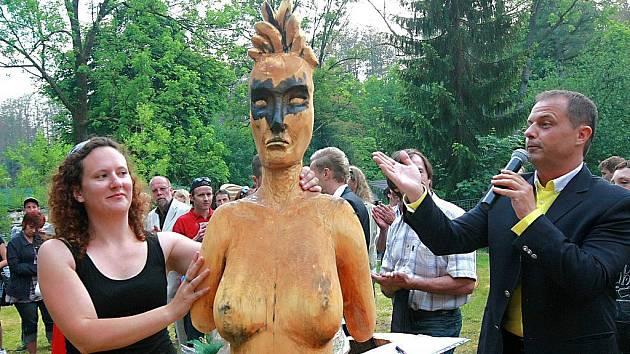 Sympozium dřevosochání v Desné.