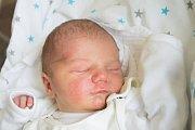 ADAM VERBA se narodil v neděli 8. října mamince Ivaně Loubkové ze Cvikova. Měřil 49 cm a vážil 3,14 kg.