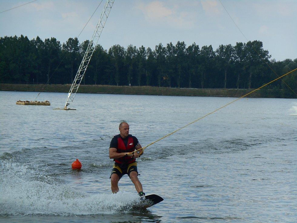 Radim Štryncl je férový a oblíbený pedagog, a zkušený lektor adrenalinových sportů.