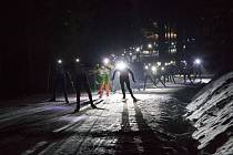 V náhradním termínu se v Bedřichově uskutečnil šestý ročník ČEZ Bedřichovského night light marathonu.