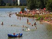 Jablonecká přehrada nabízí v horku osvěžení