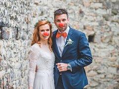 Novomanželé Gabriela a Petr Koukalovi.