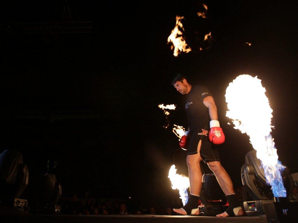 Night of Warriors II v Tipsport areně. Na snímku Petr Kareš (Iron Fighters Jablonec) před svým semifinálovým zápasem.