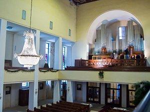 Varhany v jabloneckém kostele Nejsvětějšího Srdce Ježíšova