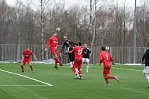 FK Jiskra Mšeno A - FK Zbuzany 2:3 (0:0). Mšeno - červené dresy.
