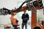 Na Střední průmyslové škole technické slavnostně otevřeli učebnu robotiky.