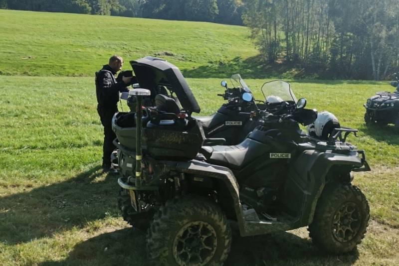 Na bezpečnost a dodržování předpisů dohlíží policie i v lesích.
