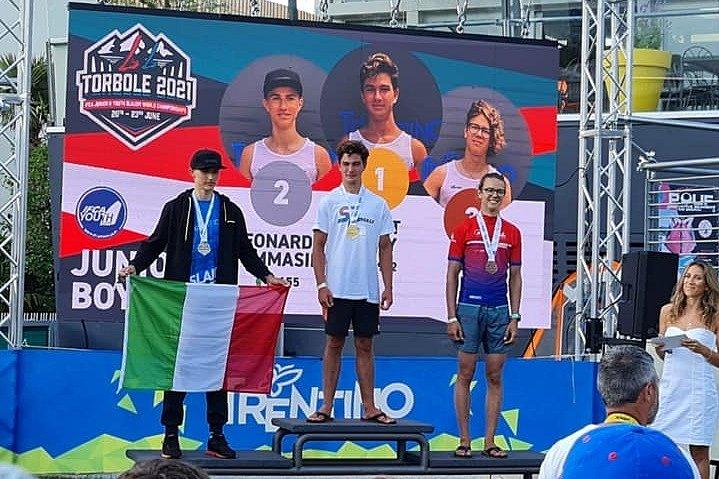 Mistrovství světa juniorů ve slalomu se jelo třetí červnový týden v Torbole na Lago di Garda. David Drda na něm vybojoval bronzovou medaili.