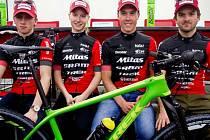 Pod taktovkou manažera týmu Jaroslava Žitného chce čtveřice bikerů dosáhnout v nové sezóně co nejlepších výsledků.