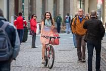 V měsíci květnu odstartuje celostátní kampaň a soutěž Do práce na kole. Jedná se již o sedmý ročník akce, která má za cíl motivovat lidi k využití ekologických způsobů dopravy jako je jízda na kole, ale také chůze či běh.