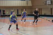 Zápas mezi rivaly, Florbalem Jablonec a Koberovy, přilákal do jablonecké Městské sportovní haly načekaně hodně diváků.