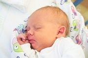 Emma Kolářová se narodila v úterý 5. prosince mamince Anetě Adamcové z Jizerky. Měřila 48 cm a vážila 3,20 kg.