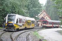 První vlaky do a z Polska.