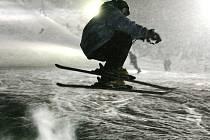 Lyžařské sezona v Jizerských horách je v plném proudu.
