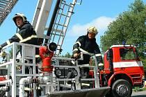 Profesionální hasiči Libereckého kraje, územní odbor Jablonec nad Nisou. Na snímku Jan Kubale.