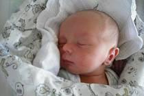 Jan Netušil. Narodil se 26. července mamince Markétě Netušilové z Turnova. Vážil 3,31 kg a měřil 50 cm.