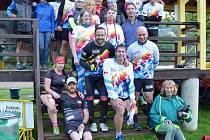 Úspěšný byl nultý ročník Maloskalského půlmaratonu. Nádhernou krajinou, po Greenway do Dolánek, Turnova, pod zámek Hrubý Rohozec a zpět se proběhlo šest desítek účastníků.