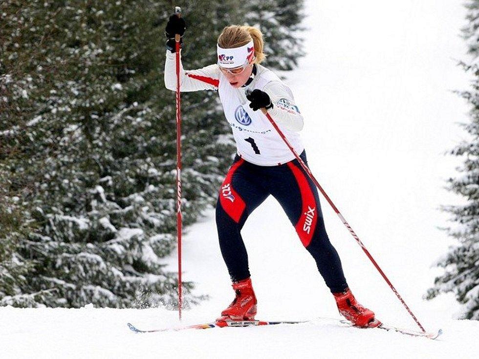 Český pohár v běhu na lyžích dospělých a první část závodu FIS (Slavic Cup) se konal na Mísečkách. Na snímku Karolína Kalašová.