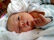 VLASTIMIL SÝKORA se narodil v úterý 3. října mamince Barboře Sýkorové z Jablonce nad Nisou. Měřil 53 cm a vážil 3,85 kg.