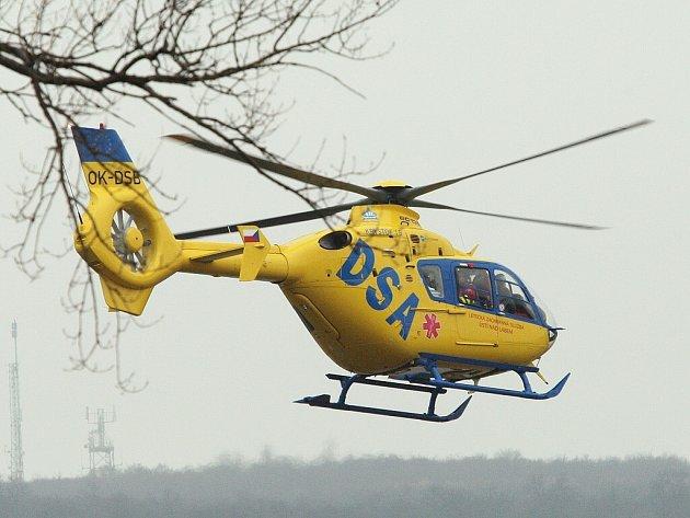 Vrtulník záchranné služby. Ilustrační obrázek.