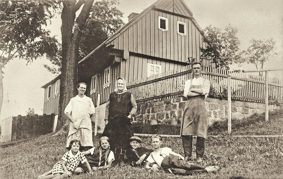 Josef Hýsek si postavil dům ve 30. letech.