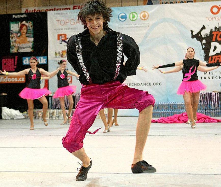 Topgall Dance Live Tour 2011 - mistrovství České republiky tanečních skupin - oblastní kolo v Jablonci nad Nisou. Taneční skupina Ilma.