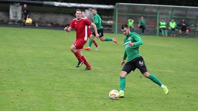 Oslabený tým Rychnova dorazil do Velkých Hamrů k dalšímu utkání I. B třídy východ. Domácí béčko naopak nastoupilo v plném počtu a s mladými hráči.