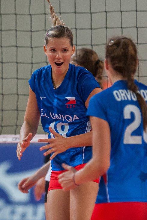 Kvalifikační utkání o postup na volejbalové mistrovství Evropy 2019 žen mezi reprezentačním výběrem České republiky a Estonska se odehrálo 22. srpna v Jablonci nad Nisou. Na snímku je Pavla Šmídová.