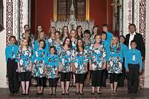 Jeden z posledních koncertů jabloneckého dětského pěveckého sboru Vrabčáci se konal při akci Noc zámecké kaple na Sychrově.