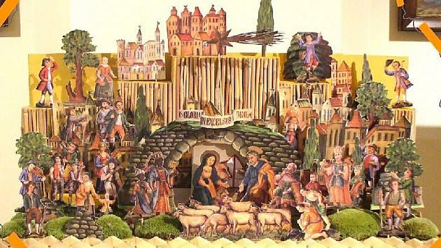 Betlémy stále živé. Výstava v jabloneckém kostele sv. Anny.