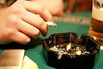 Počty kuřáckých a nekuřáckých restaurací se pomaličku vyrovnávají