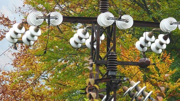 Rozvody elektrické energie. Ilustrační snímek.