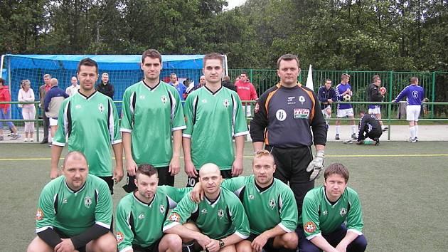 Ve čtvrtek 11.6.2009 proběhlo na hřišti u Základní školy v Mozartově ulici v Jablonci n.N. finále Mistrovství UNITOP ČR v malé kopané.