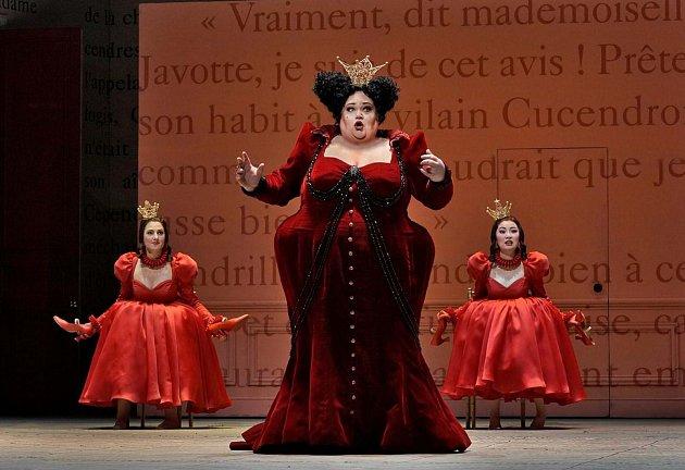 Z opery Popelka Julese Masseneta. Foto poskytlo jablonecké kino Radnice.