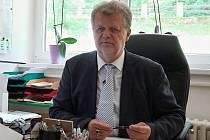 Jan Sembdner má bohaté zkušenosti v sociálních službách, poslední rok řediteluje Domovu důchodců Jablonecké Paseky.