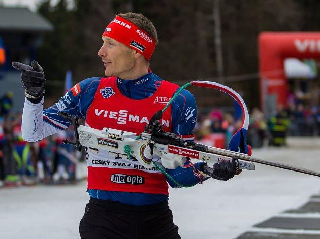 Biatlonová exhibice za účasti české biatlonové elity proběhla 22.března 2017ve sportovním areálu Břízky vJablonci nad Nisou. Na fotce Ondřej Moravec.