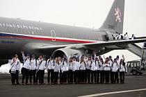 Ve čtvrtek 30. ledna v časných ranních hodinách odletěla první část české výpravy do dějiště zimních olympijských her v ruském Soči.