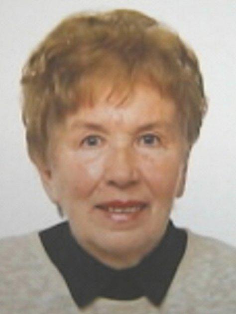 Pohřešovaná Margit Němcová má 155 cm drobnou postavu, oválný obličej zůžený k bradě, modrošedé oči, hnědé prošedivělé krátké vlnité vlasy.