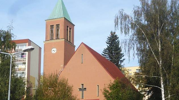 Hodiny na kostele Nejsvětější Trojice ve Mšeně