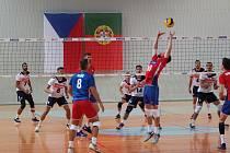 Ve třetím setu druhého přátelského utkání proti Portugalsku na palubovce jablonecké sportovní haly dostala česká mužská reprezentace soupeře pod sebe pak, a pak ho pořádně domáčkla. Ve dvou utkáních vyhráli Češi  dvakrát 4:0.