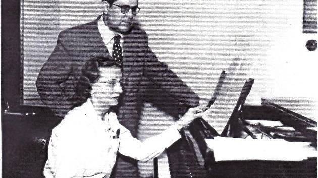Držkovská rodačka, česká klavírní virtuoska a významná osobnost našeho kraje Věra Řepková. Narodila se před sto lety 21. července 1910 v držkovské škole jako čtvrté dítě manželů Řepkových.
