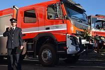 V hasičské zbrojnici Maršovice se konalo předání nového hasičského vozidla Jednotce sboru dobrovolných hasičů obce Maršovice.