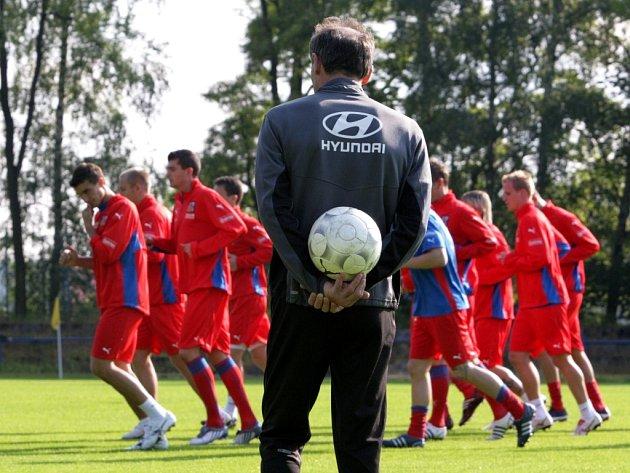 Česká fotbalová reprezentace se v jabloneckých Břízkách připravuje na přátelský zápas s Maltou.