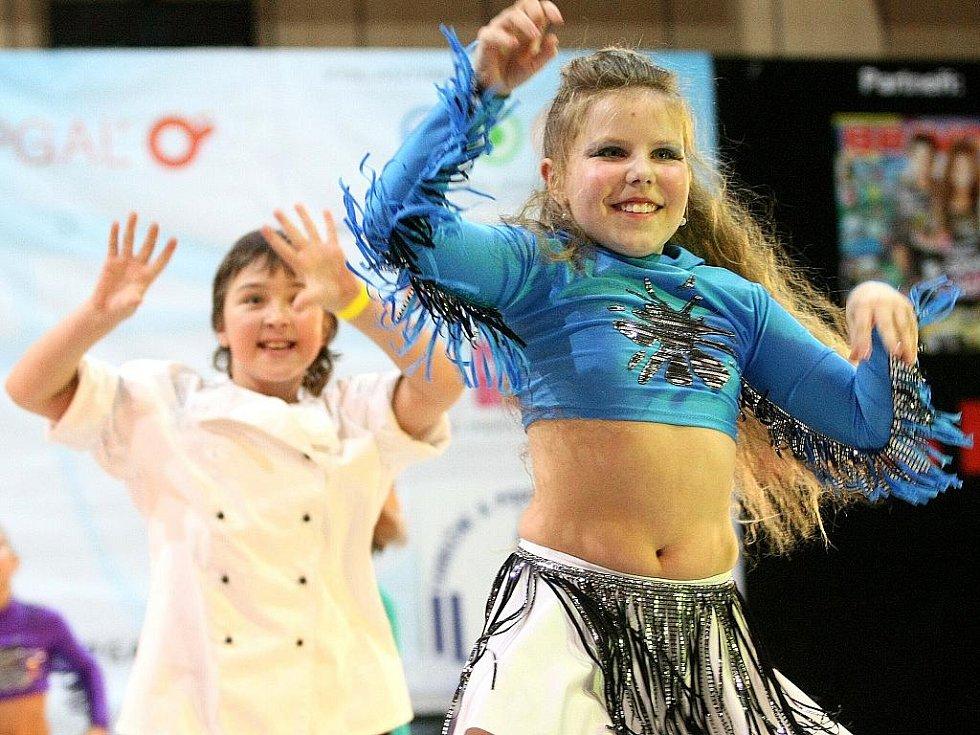 Topgall Dance Live Tour 2011 - mistrovství České republiky tanečních skupin - oblastní kolo v Jablonci nad Nisou. Taneční skupina Ilma, dětská kategorie.