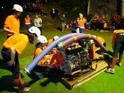 Sbor dobrovolných hasičů Frýdštejn. Noční soutěž na domácí půdě.