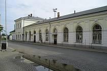 Pohled na vlakové nádraží Turnov