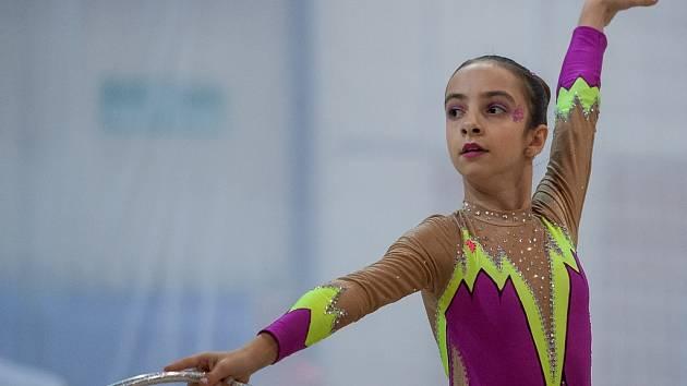 Podzimní liga v moderní gymnastice a oblastní přebor ve společných skladbách proběhl 10. listopadu v městské hale v Jablonci nad Nisou.