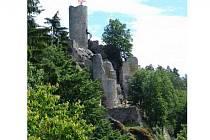 Zřícenina hradu Frýdštejn.
